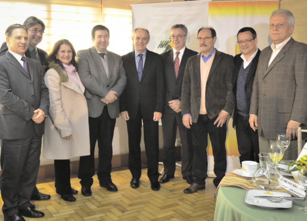Encontro com postulante ao governo estadual uniu lideranças e candidatos