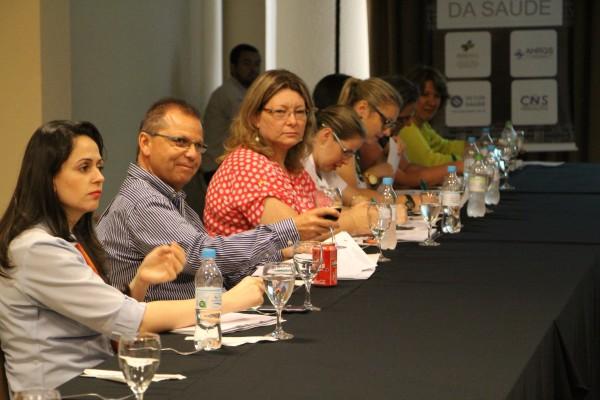 Ao final do encontro, os participantes debateram diversos assuntos