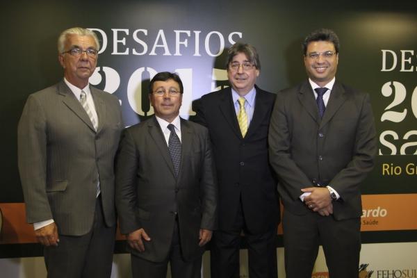 Eduardo Lopes e José Parode (Ipergs), Cláudio Allgayer e Fernando Scarpellini Pedroso (FEHOSUL)