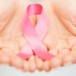 Instituições realizam ações para conscientizar população a respeito do câncer de mama