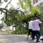 Hospitais de Porto Alegre sofrem estragos por causa da forte chuva