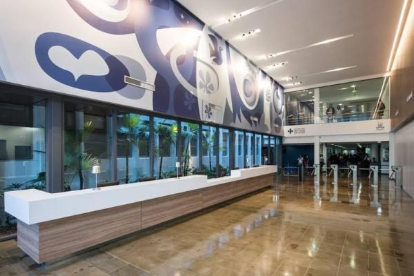 Hospital São Lucas da PUCRS inaugura entrada remodelada e amplia segurança