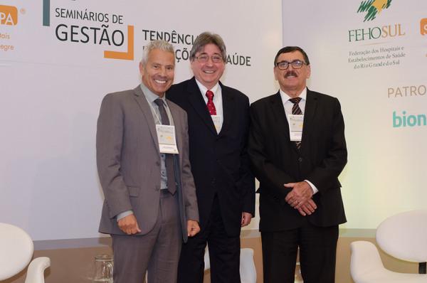 Gabbardo, Allgayer e Odacir Rossato (Conselheiro Administrativo e Financeiro do SINDIHOSPA)