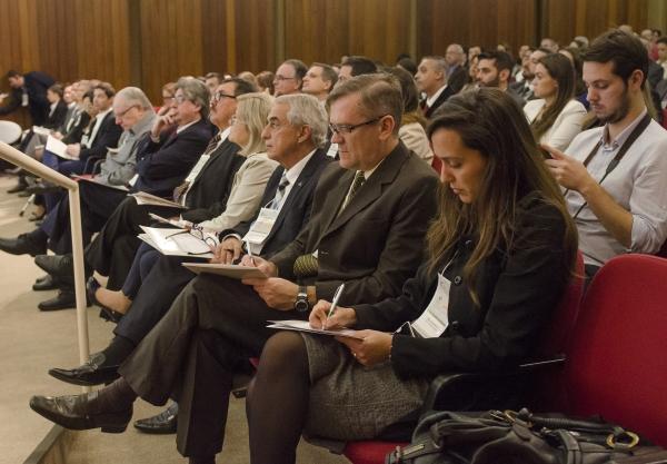 Público presente ao evento da FEHOSUL e SINDIHOSPA