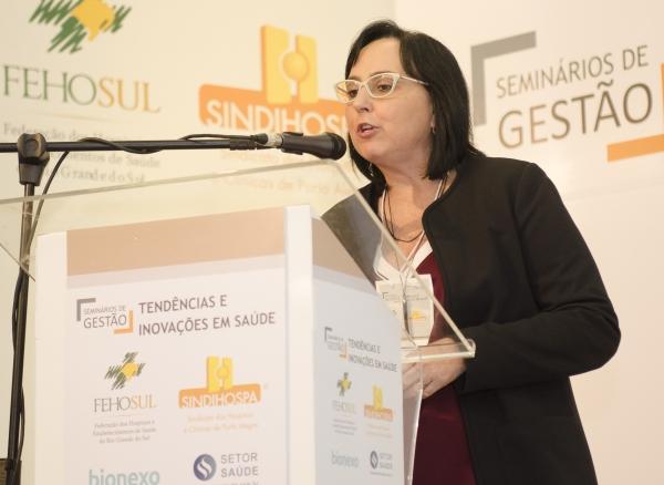 Tereza Veloso