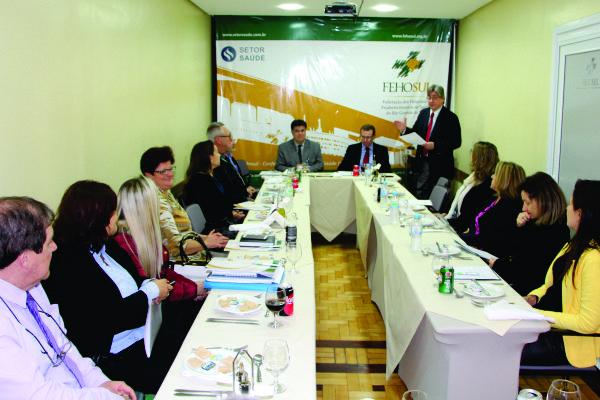 Presidente da FEHOSUL, Cláudio Allgayer falou na abertura