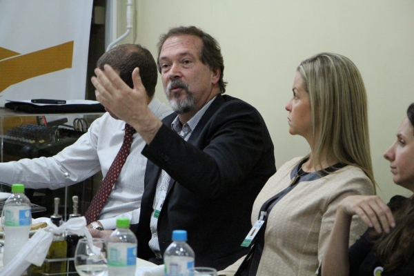 Alexandre Bacelar do Hospital de Clínicas de Porto Alegre (HCPA)