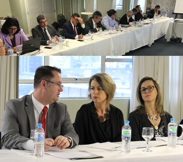 Lideranças no encontro do dia 10 de novembro