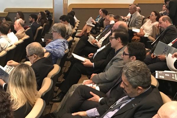 Mais de 250 pessoas acompanharam o evento da CNS, em Brasília