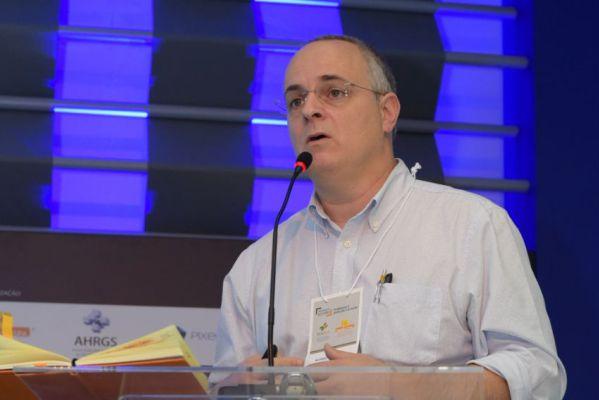 Ricardo Kuchenbecker do Hospital de Clínicas de Porto Alegre