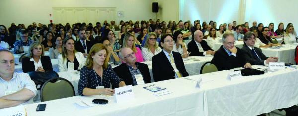 Público presente ao evento