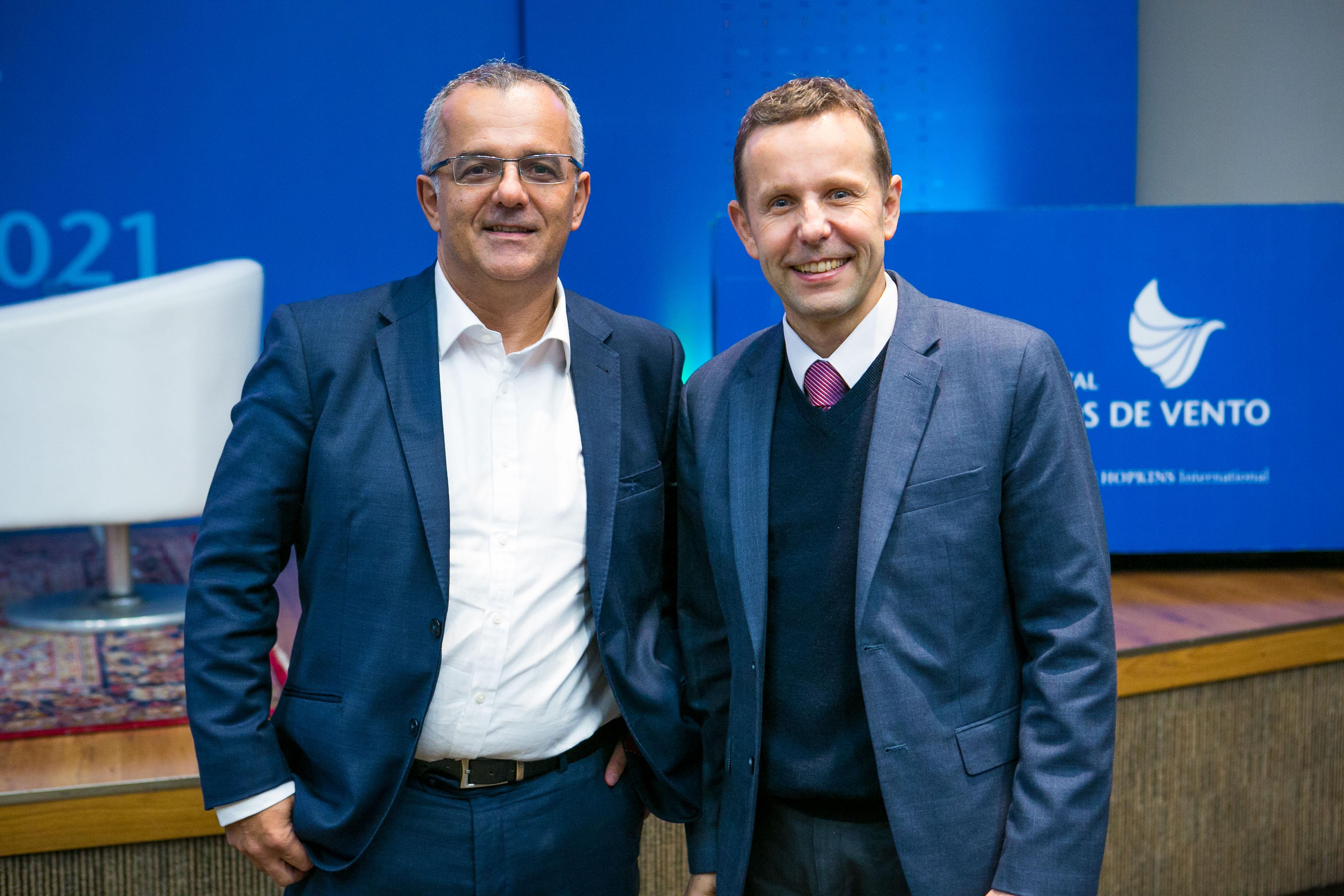 André D'Ávila, do Hospital S.O.S Cárdio (E), e Fabio Sandoli de Brito Jr, cardiologista intervencionista no Hospital Sírio-Libanês (D)
