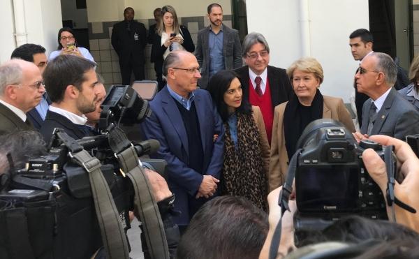 Julio Flávio Dornelles de Matos (direita) e Cláudio Allgayer (centro) recepcionaram Alckmin e Ana Amélia