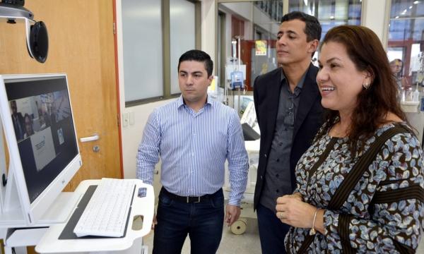 O Secretário de Estado da Saúde, Renato Jayme (ao centro), participou da primeira videoconferência do projeto e ressaltou que o serviço fortalece o SUS no Tocantins - foto Nielcem Fernandes Governo do Tocantins