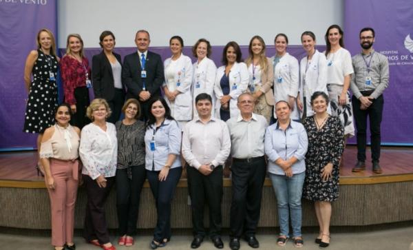 Diretorias do Coren e do Hospital Moinhos de Vento