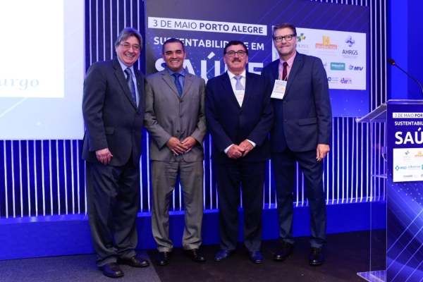 Allgayer, Aguiar, Rossato e Paulo Petry (mestre de cerimônias)