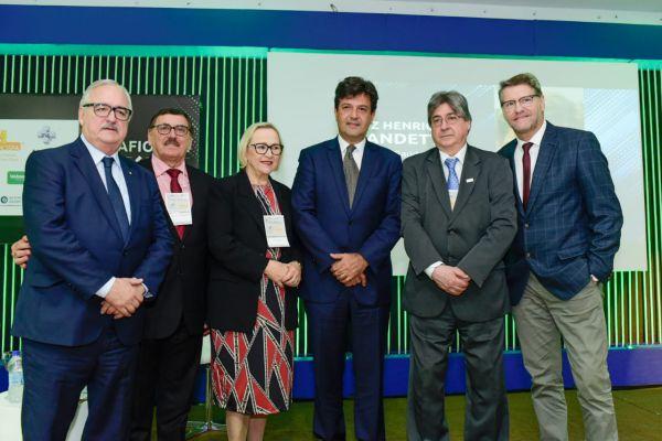 Pedro Westphalen, Odacir Rossato, Arita Bergmann, Luiz Henrique Mandetta, Cláudio Allgayer e Paulo Petry