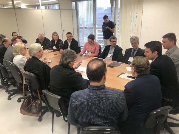 Credenciados ao IPE-Saúde acumulam defasagem de 74,8% e atrasos nos pagamentos7