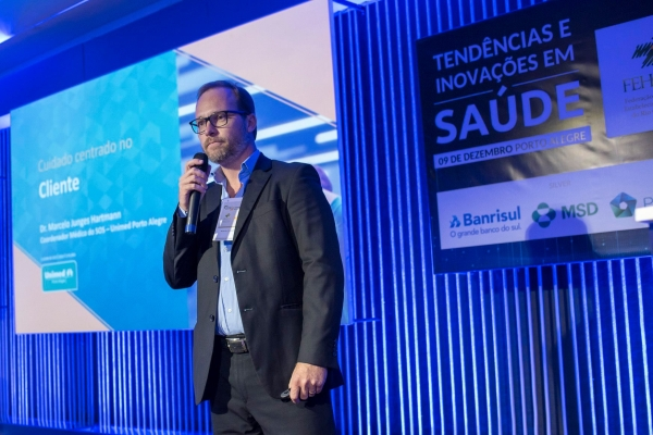 Cuidado centrado no cliente implementado pela Unimed Porto Alegre foi tema de palestra em evento da FEHOSUL AHRGS e SINDIHOSPA_