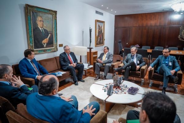 SINDIHOSPA discute pautas da saúde com presidente da Assembleia Legislativa
