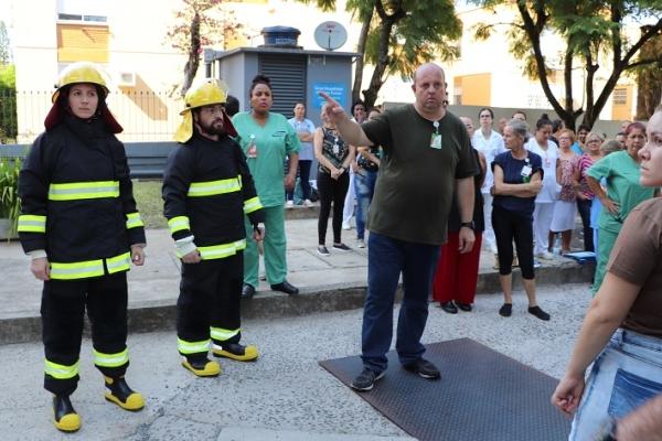 Colaboradores do Grupo Hospitalar Conceição participam de treinamento para Brigada de Incêndio_1