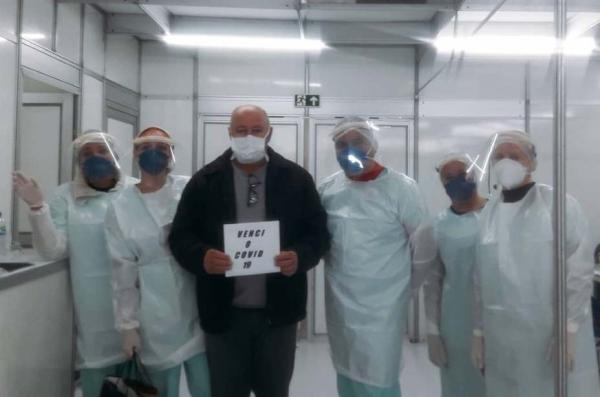 Hospitaldecampanha junto aoHospitalDom João Becker completa um mêsdefuncionamentoem Gravataí_