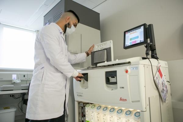 Hospital Moinhos de Vento inaugura Laboratório de Patologia com capacidade para realizar três mil exames por mês_