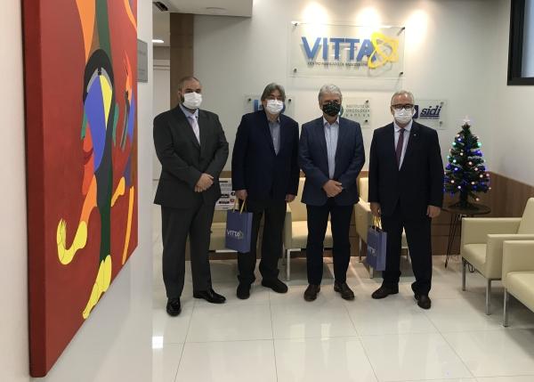 Inaugurado em Porto Alegre novo equipamento de radioterapia de alta precisão, inédito no Sul do país__