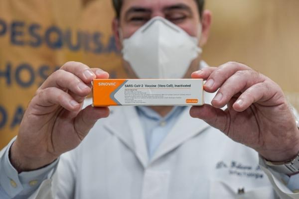 Fabiano Ramos infectologista