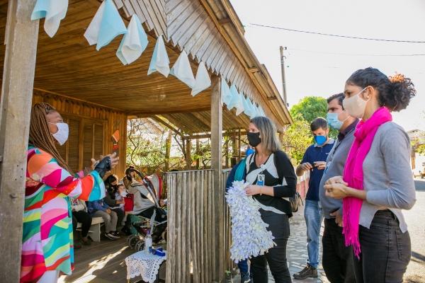 Profissionais de Enfermagem do Hospital Moinhos realizam brechó solidário para ajudar campanha Prato Cheio de Solidariedade-