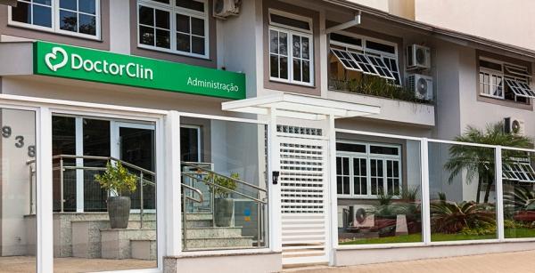 Em franca expansão, Doctor Clin completa 25 anos de atuação-