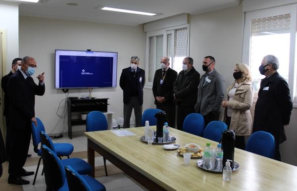 Santa Casa inicia ampliação da nova UTI no Hospital Dom João Becker--