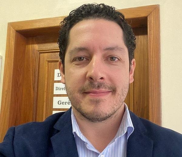 Gineco-obstetra Felipe Bassols foi o responsável pelo procedimento